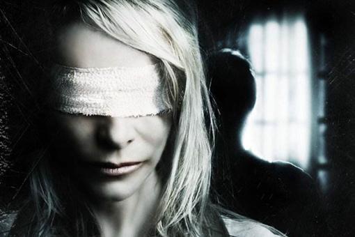 万加婆婆是谁?成功预言911的盲眼灵媒身份揭秘
