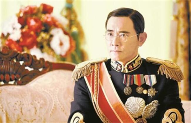 中国的末代皇帝是谁,末代皇帝是和硕醇亲王载沣的儿子(光绪异母胞弟)
