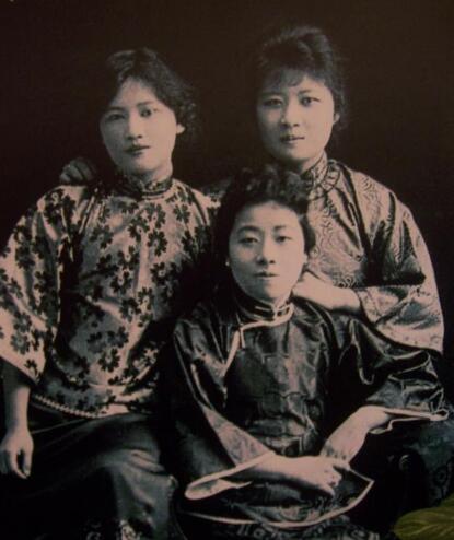 宋家三姐妹都嫁给了谁