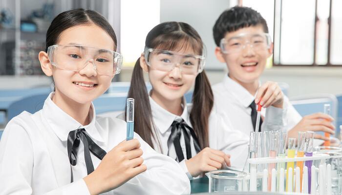 硝酸钠和盐酸反应